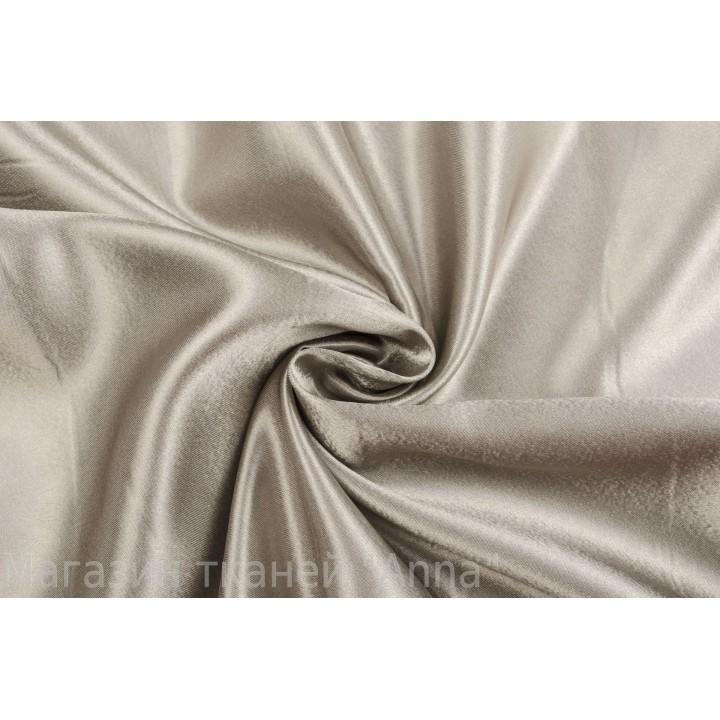 Атласная костюмно-плательная ткань серого цвета