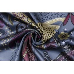 Шёлковый атлас со «сказочным» принтом на синем фоне