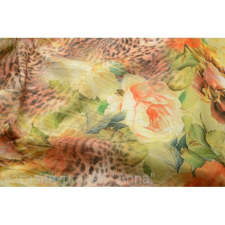 разноцветный принт - зеленые, коричневые, оранжевые оттенки
