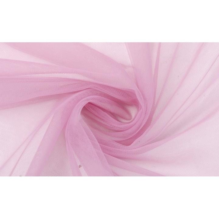 Теплый розовый цвет фатина, хорошо драпируется