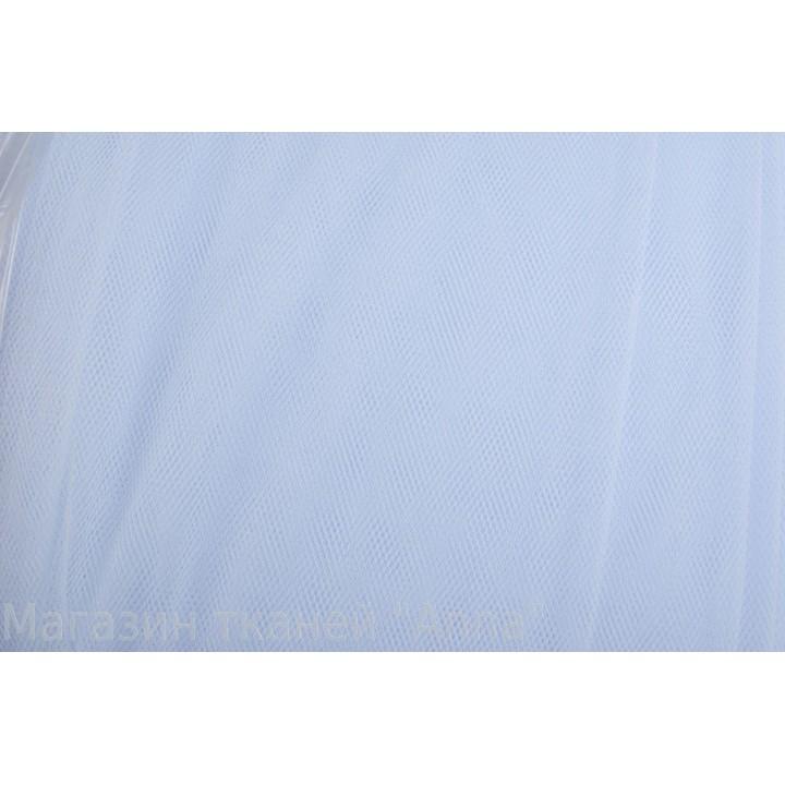 Бледно-голубой фатин средней жесткости