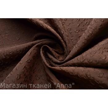 плотный тонкий жаккард в темно-коричневом цвете, ткань с рельефной поверхностью