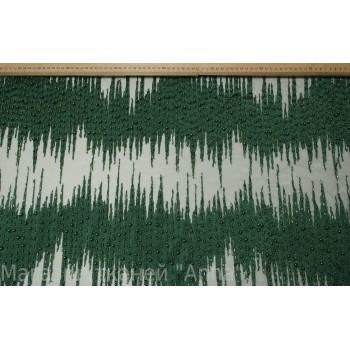 Зеленый гипюр расшитый бусинами