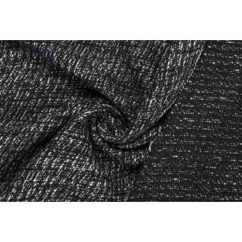 Тонкая шерсть - букле с переплетением черных и белых нитей