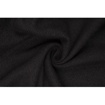 Мягкая рыхлая шерсть черного цвета