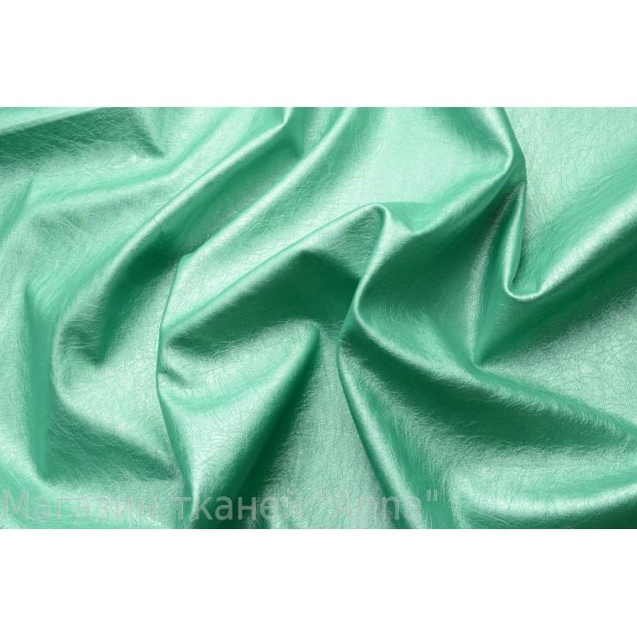 Кожа-стрейч изумрудного зеленого цвета
