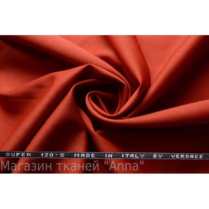 Темный красный кирпич, мягкая тонкая костюмная шерсть.