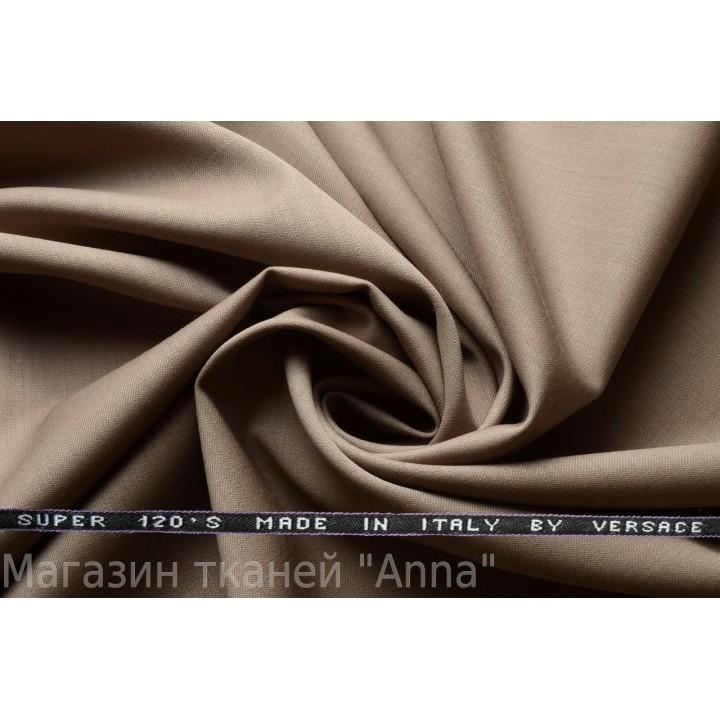 Светлый серо-бежевый оттенок, мягкая тонкая костюмная шерсть.