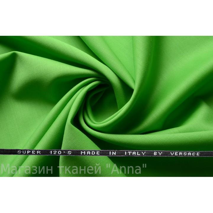 Зеленый, мягкая тонкая костюмная шерсть.
