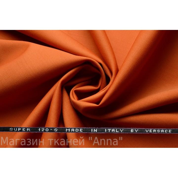 Оттенок коричневого - светлый ржавый, мягкая тонкая костюмная шерсть.