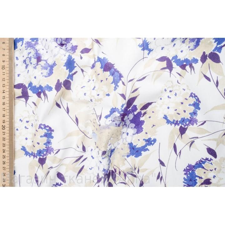 Мягкий хлопок для платья - сиреневые цветы на белом фоне