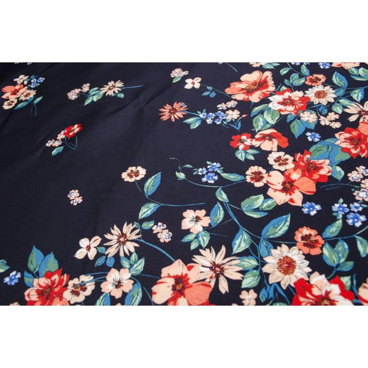 Хлопок с мелкими цветочками на темно-синем фоне