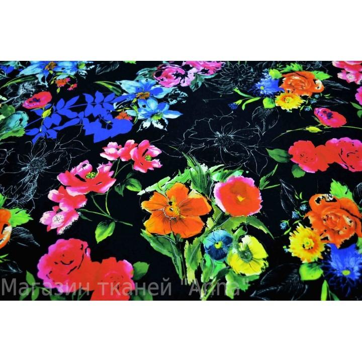 Коттон с ярким цветочным принтом на черном фоне