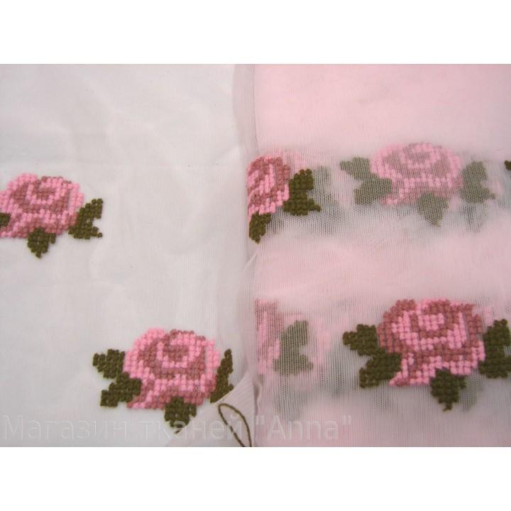 Кружево КН, вышитые цветы на светло-розовой сетке