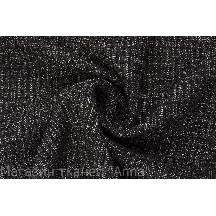 Мягкий лен в черно-белой гамме