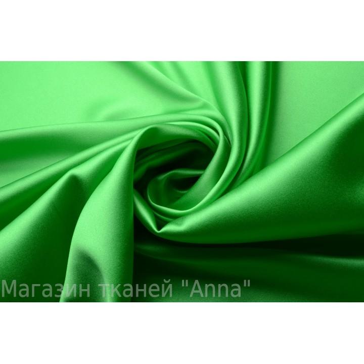 Светло-зеленый оттенок атласного шелка