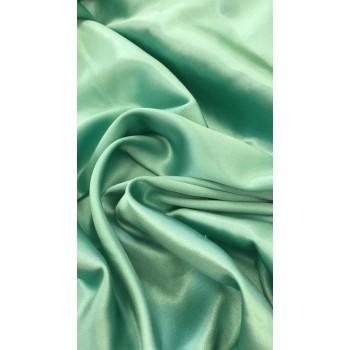 Зеленый пастельный оттенок  атласного шелка