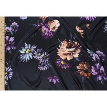 Атласный шелк стрейч с хризантемами на темно синем фоне