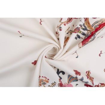 Плательный креп с ярким цветочным принтом на бледно-розовом фоне ткани