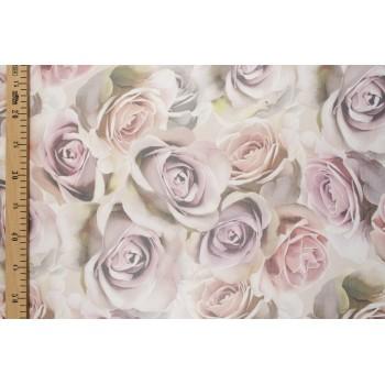 Шелковый шифон с крупными розами в пастельных тонах
