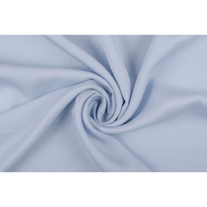 Нежно-голубой штапель для красивого платья или летнего костюма