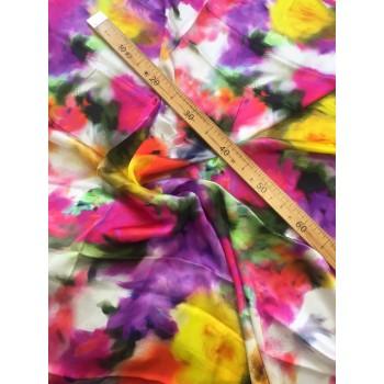 Штапель с легким блеском с цветочным принтом в стиле Акварели