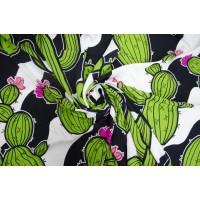 Яркий штапель для платья - зеленый кактус на черно-белом фоне