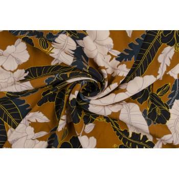 Крупные цветы на коричневом фоне штапеля