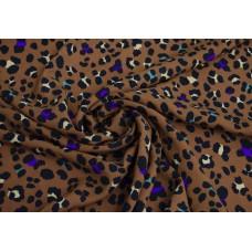 Штапель с принтом леопард на коричневом фоне