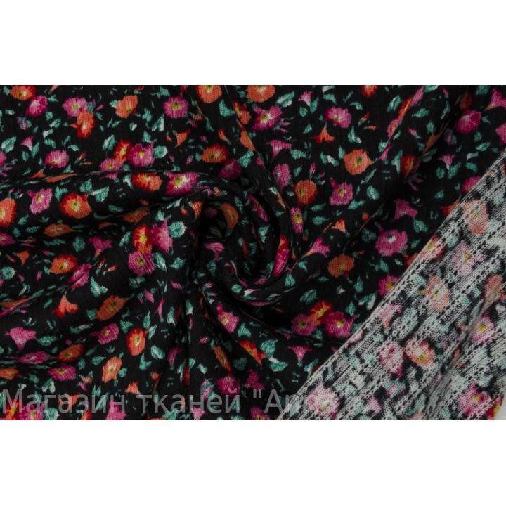 Трикотаж мелкой вязки с яркими цветочками