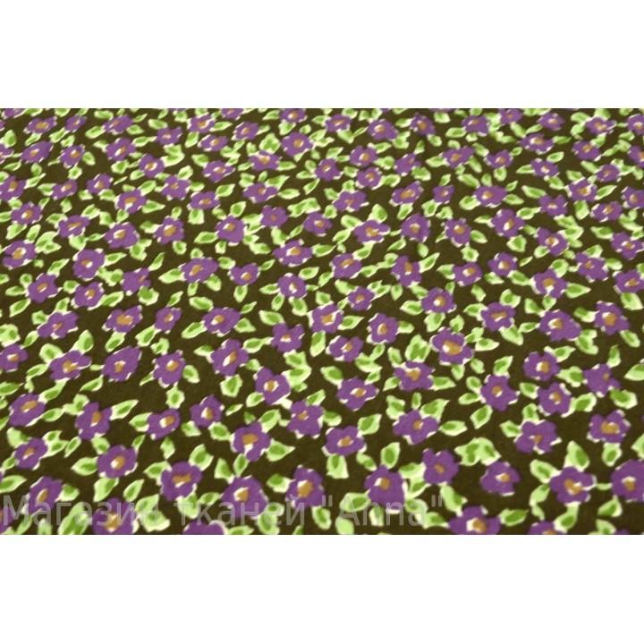 Мелкие фиолетовые цвет на темно зеленом фоне - трикотаж масло