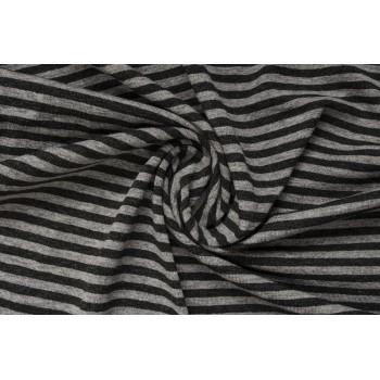 Трикотаж с узкой полоской в черно-серой гамме